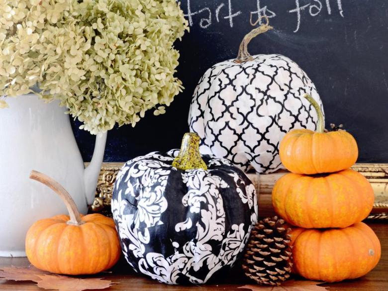 original_marian-parsons-thanksgiving-decoupage-pumpkins-beauty-wide_s4x3-jpg-rend-hgtvcom-966-725