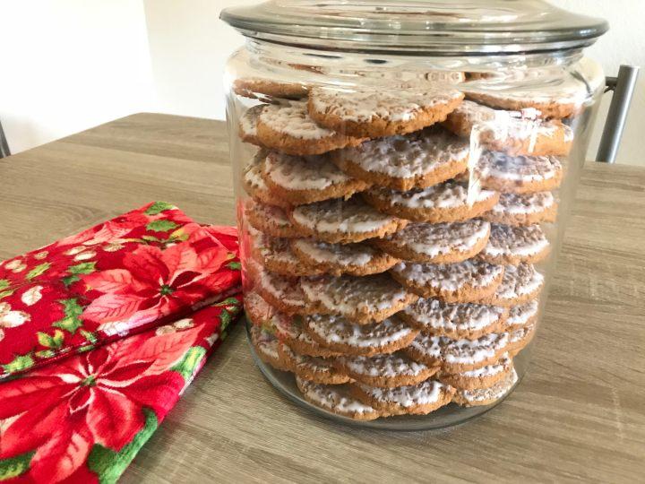 Khloe Kardashian Cookie Jar Cool DIY How To Create A Khloe Kardashian Inspired Cookie Jar Suite
